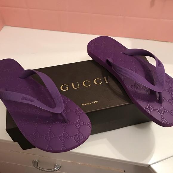 f00b6a5b25ee Gucci Women s Rubber Lilac Flip Flops